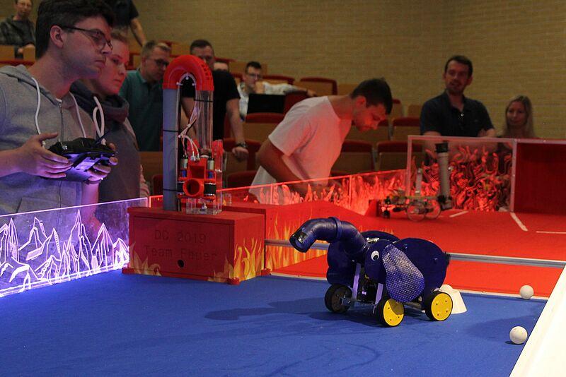 Jade Hochschule wird zu Roboter-Arena