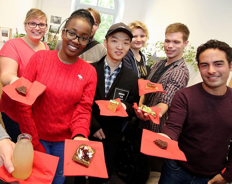 International Office begrüßt ausländische Studierende aus 14 Ländern