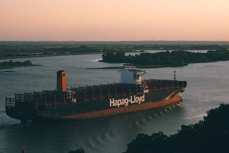 Autonome Schiffsführungssysteme mit kontrollierten Umweltbedingungen auf Modellschiffen testen