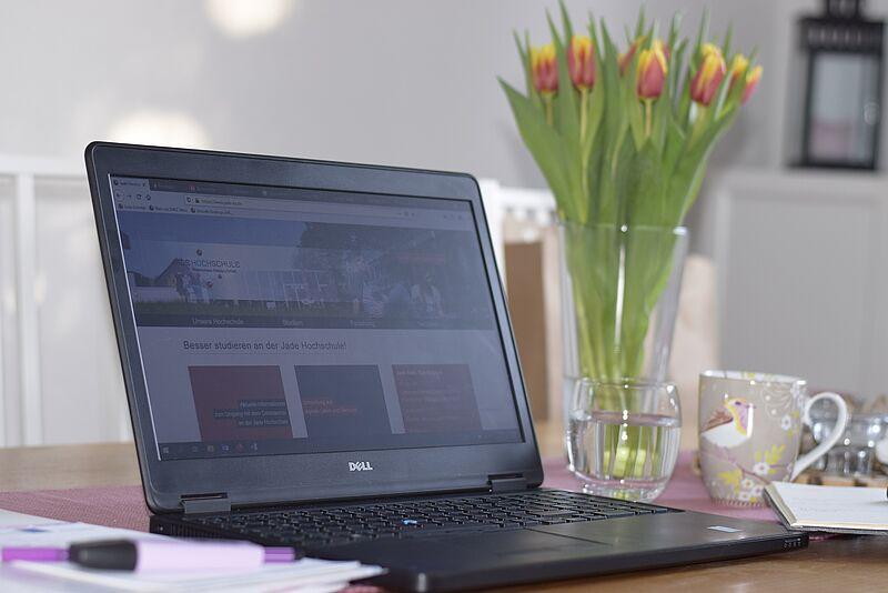 Arbeiten und Studieren im Homeoffice