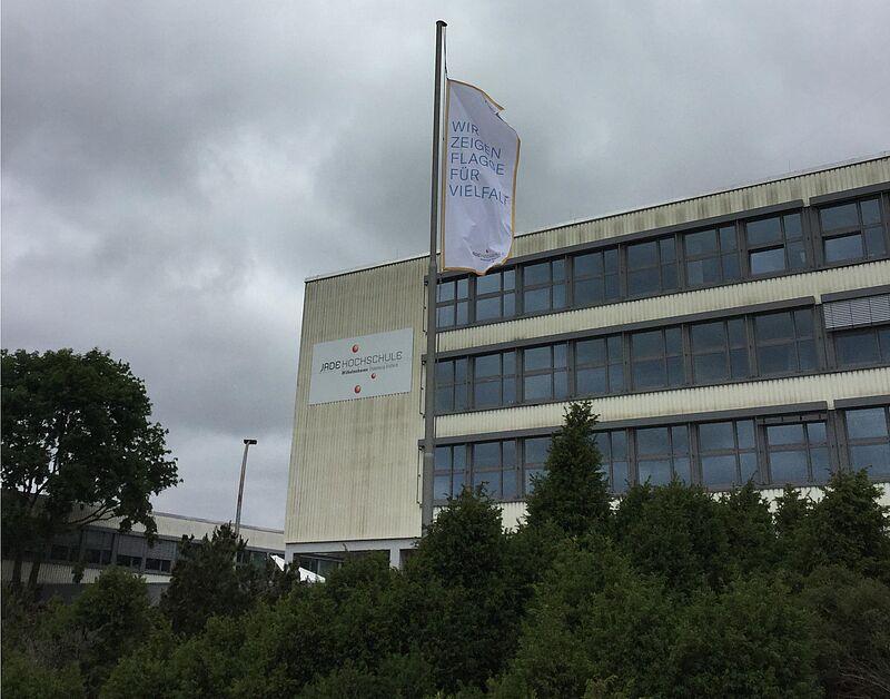 Flagge zeigen zum Oldenburger Diversity-Tag