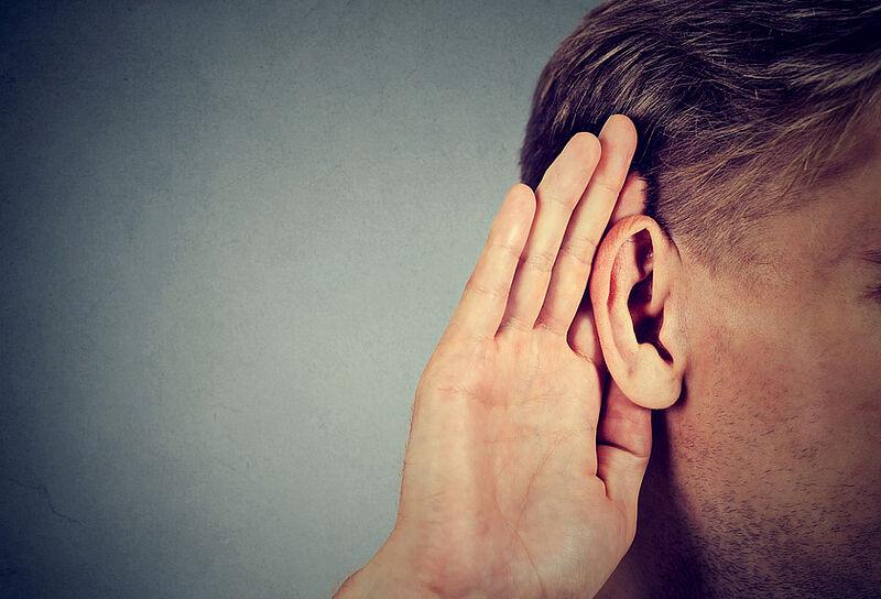 Durch neue Norm Verbesserung in der Hörsystemversorgung erreichen