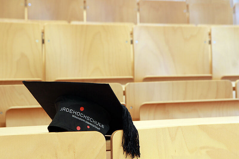 Erster Integra-Student schließt Masterstudium mit Bestnote ab