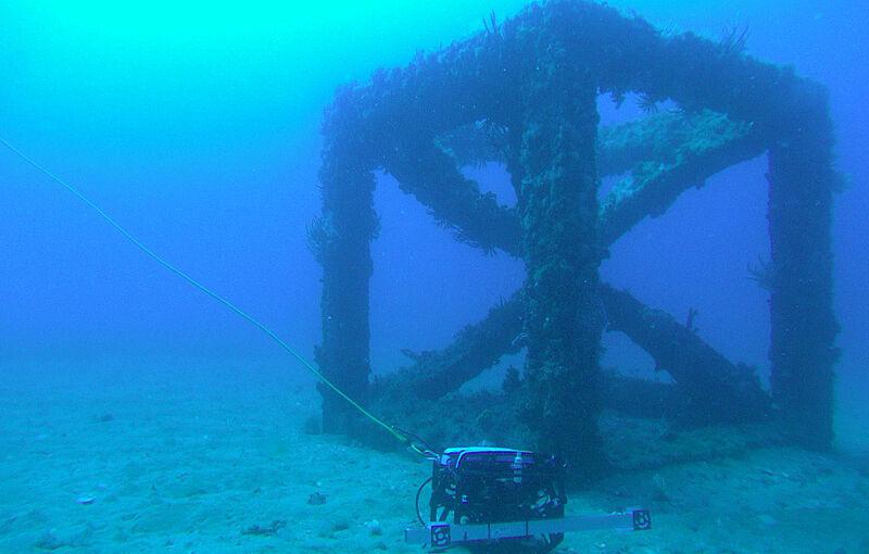 Wissenschaftler der Jade HS untersuchen künstliche Riffe im indischen Ozean